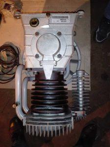 Фреоновый компрессор