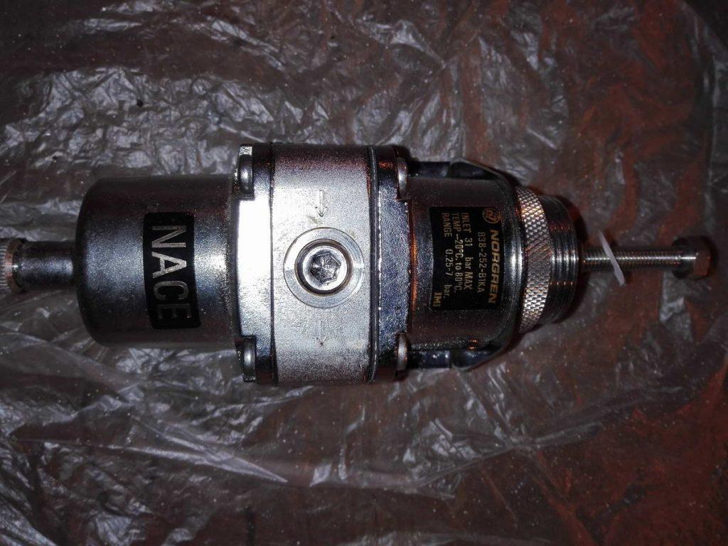 Фильтр-регулятор давления NORGREN B38-252-B1KA