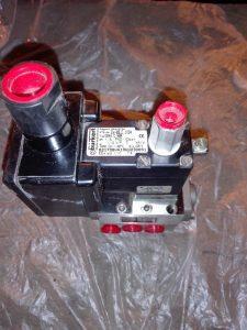 Электромагнитный пневмоклапан Burkert 0644-C NBR MIDLAND PNEUMATIC 2421M24-S0653