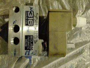 Электромагнитный пневмоклапан HONEYWELL LUCIFER 8210-110-50-60-96 MIDLAND PNEUMATIC SSAV-387N