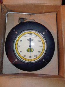 Морской маслонаполненный манометр TOTCO 3000PSI AISI 316