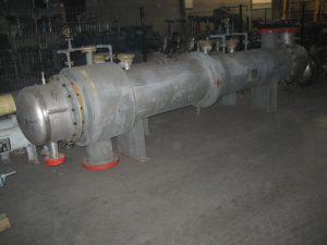 Теплообменник горизонтальный с рубашкой обогрева и компенсатором ТКГ525 71 кв.м INCOLOY 825
